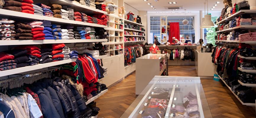 Interieur winkel kinderkleding van yukkies mode laren by for Exterieur winkel