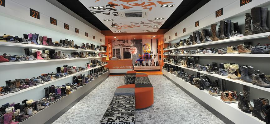 Schoenenwinkel Kinderschoenen.Stap Voor Stap Kinderschoenen Design Wsb Interieurbouw