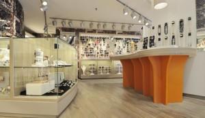 7 wsb interieurbouw juwelier wsb ladenbau schmuck uhren wsb shopconcepts jeweler joqo liza