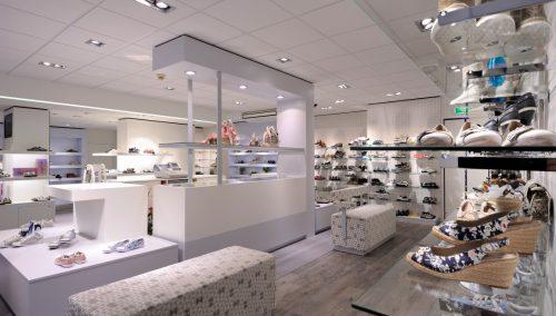 Smit Schoenen, Krabbendijke: winkelontwerp schoenenzaak