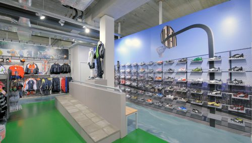 Telstar Sport, Zwolle: Winkelinterieur sportzaak