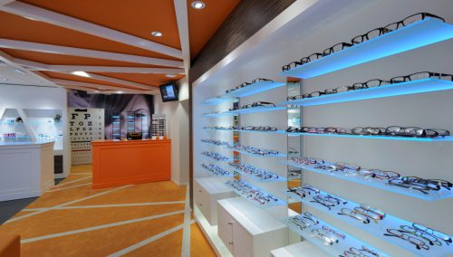 Tilroe Optiek Vlissingen: Interieurbouwer opticien