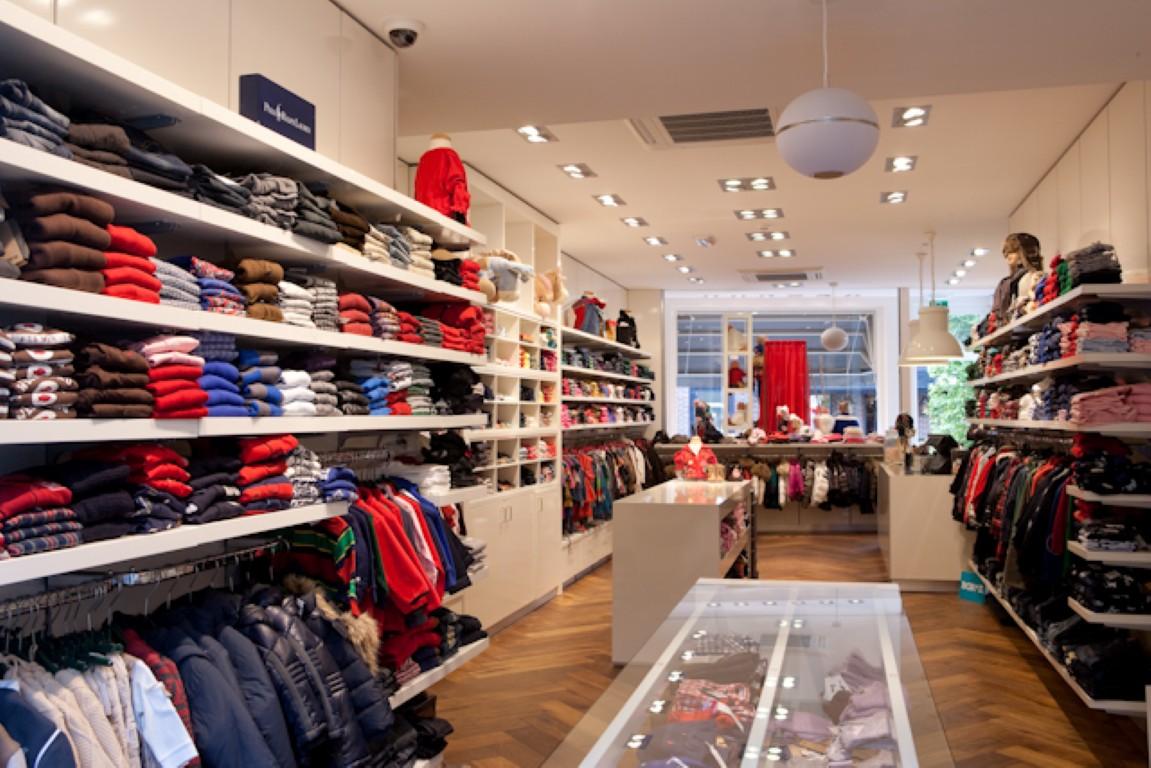 Interieur winkel kinderkleding van yukkies mode laren by for Interieur winkels