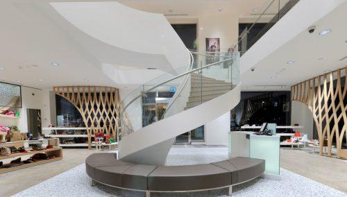 Shuz – Inrichting schoenenwinkel in Veenendaal