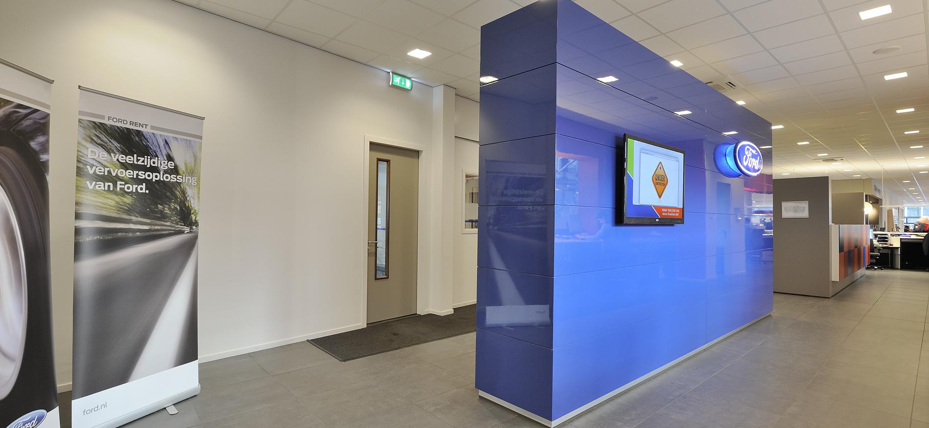 Ford broekhuis zeist showroom inrichting door wsb for Interieur nederland