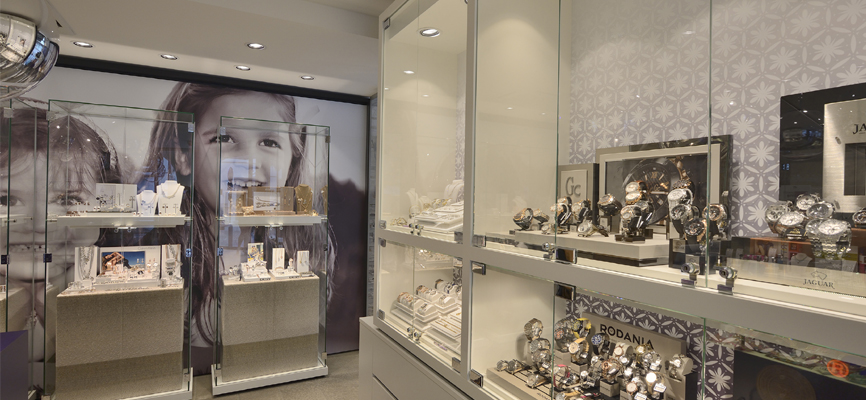 1 wsb interieurbouw juwelier wsb ladenbau schmuck uhren wsb shopconcepts jeweler eddy heleven