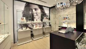 7 wsb interieurbouw juwelier wsb ladenbau schmuck uhren wsb shopconcepts jeweler heleven