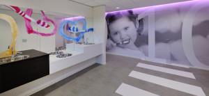 10 wsb Interieurbouw tandartspraktijk d wsb Ladenbau zahnartzpraxis wsb shopconcepts dental practice arratoon