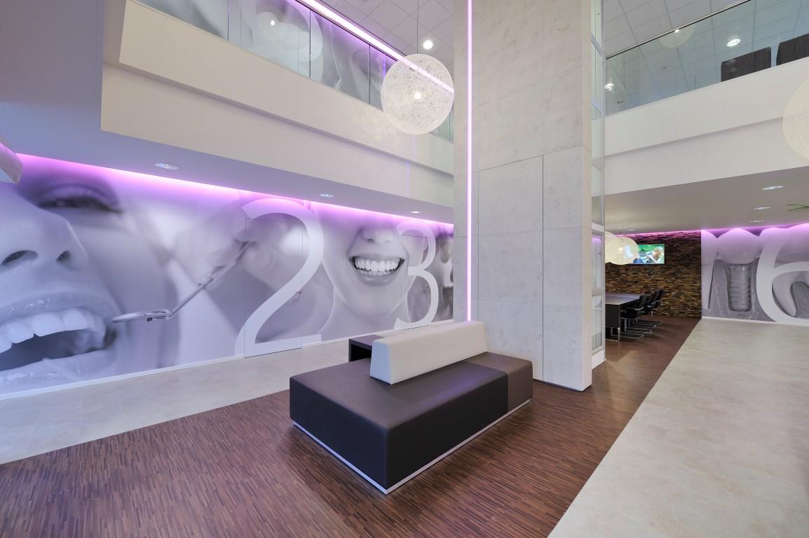Op zoek naar een commercieel interieur tandarts praktijk for D design kapsalon interieur
