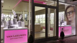 Interior design Van Leeuwen Optician