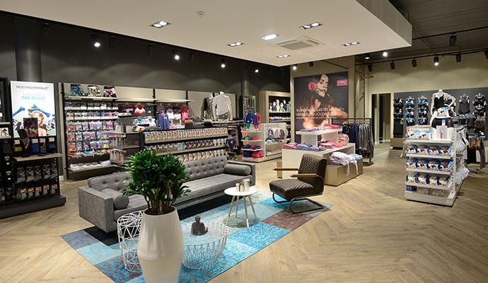 Persbericht  nieuw winkelconcept voor Burger Mode in Reeuwijk 211d7bf78c2