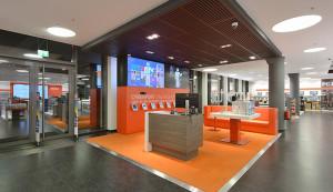 8 wsb interieurbouw wsb ladenbau  wsb shopconcepts Cyberport