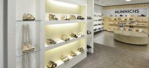 Ontwerp en inrichting Munnichs Schoenen - Weert door WSB winkelinrichting