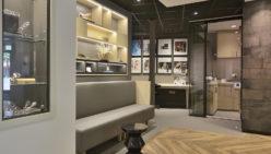 Kaasschieter Hoortoestellen: Ontwerp en winkelinrichting hoorwinkel