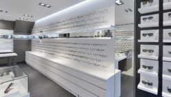 Nuytinck optician retail design & retail construction