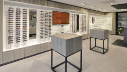The Romph Optician: Renovation and extension of optician