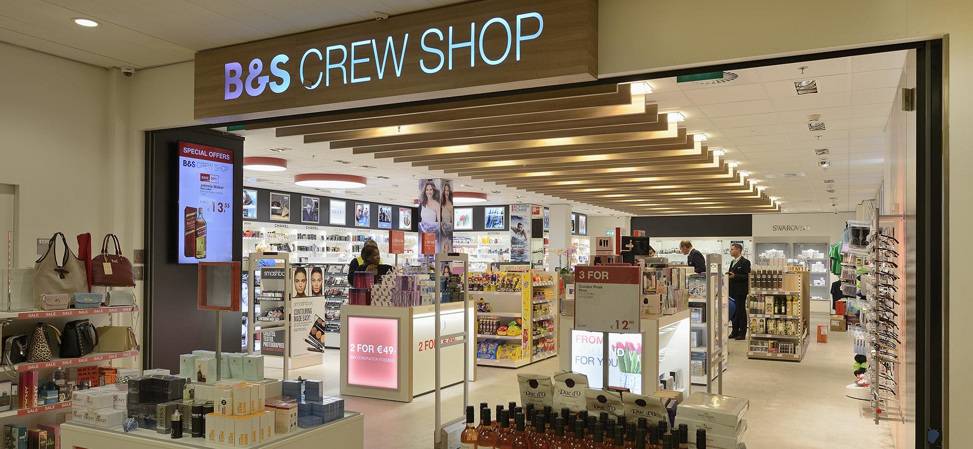 Einrichtung flughafen neu shopconcept b s crew shop for Shop einrichtung
