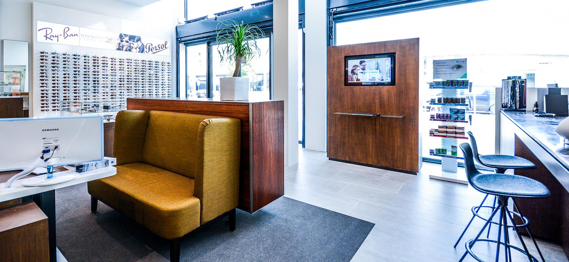 Interieurontwerp optiek nieuwe winkel schmidt optiek for Interieurontwerp amsterdam