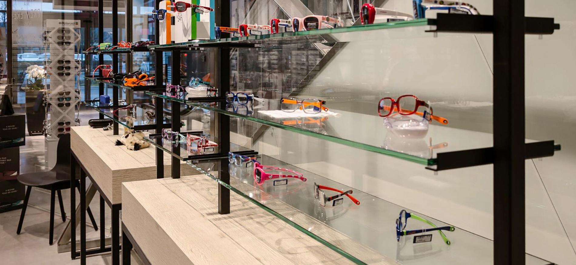 Agencement magasin Optique Plusminus