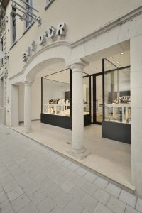 Juwelen Evy d Or winkelconcept shopdesign bijoutier agencement amenagement concept de magasin