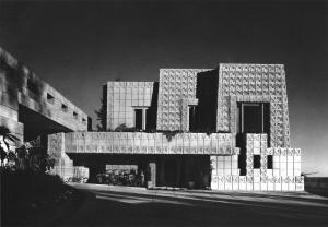 Ennis House van Frank Lloyd Wright als inspiratiebron van interieurontwerp voor meubel maatwerk door WSB Interieurarchitecten en interierbouwers keukens inbouwkasten meubelwerk