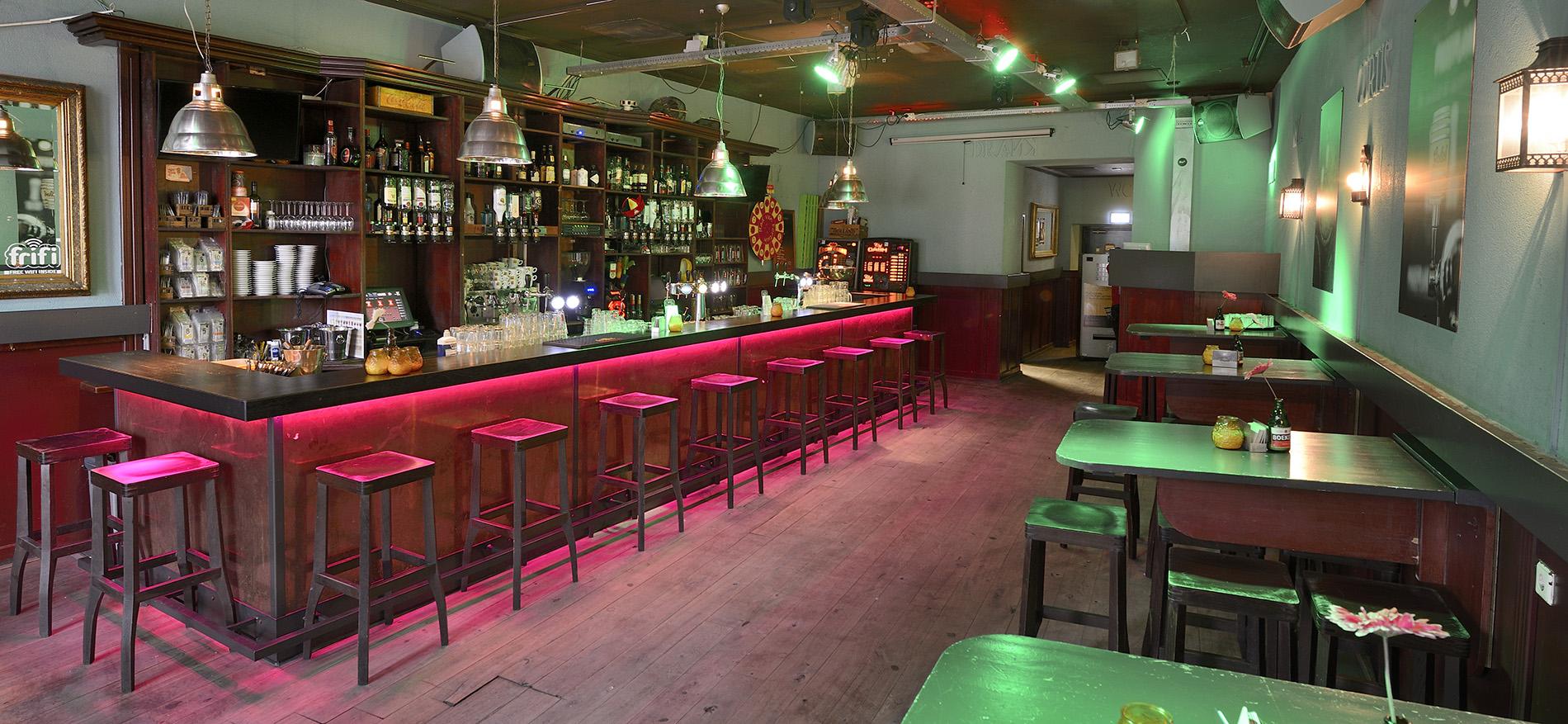Ontwerp en interieur horeca curtis bar door wsb interieurbouw for Interieur horeca