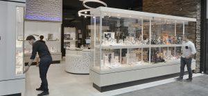 ameublement de bijoutier, concept de magasin joailliers, élaboration de concept de magasin, aménagement bijouterie, concept de magasin bijouterie, ameublement de magasin de bijoutiers