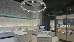Bijouterie Laurent: Retail design of jewelry shop
