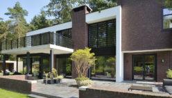 Villa in Apeldoorn: Ontwerp meubel maatwerk