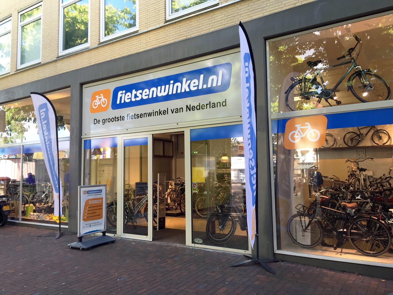 Winkelinrichting fietsenzaak interieur fietsenwinkel for Interieur winkels