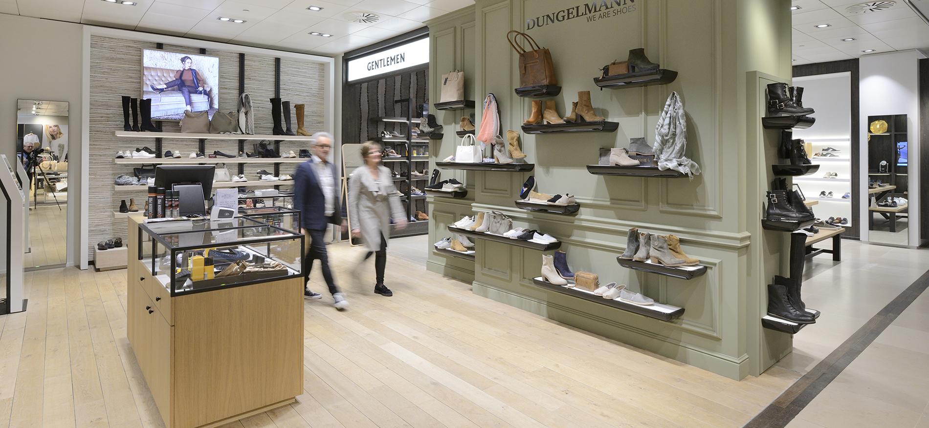 Shop in shop einrichtung dungelmann schoenen und berden mode for Einrichtung shop