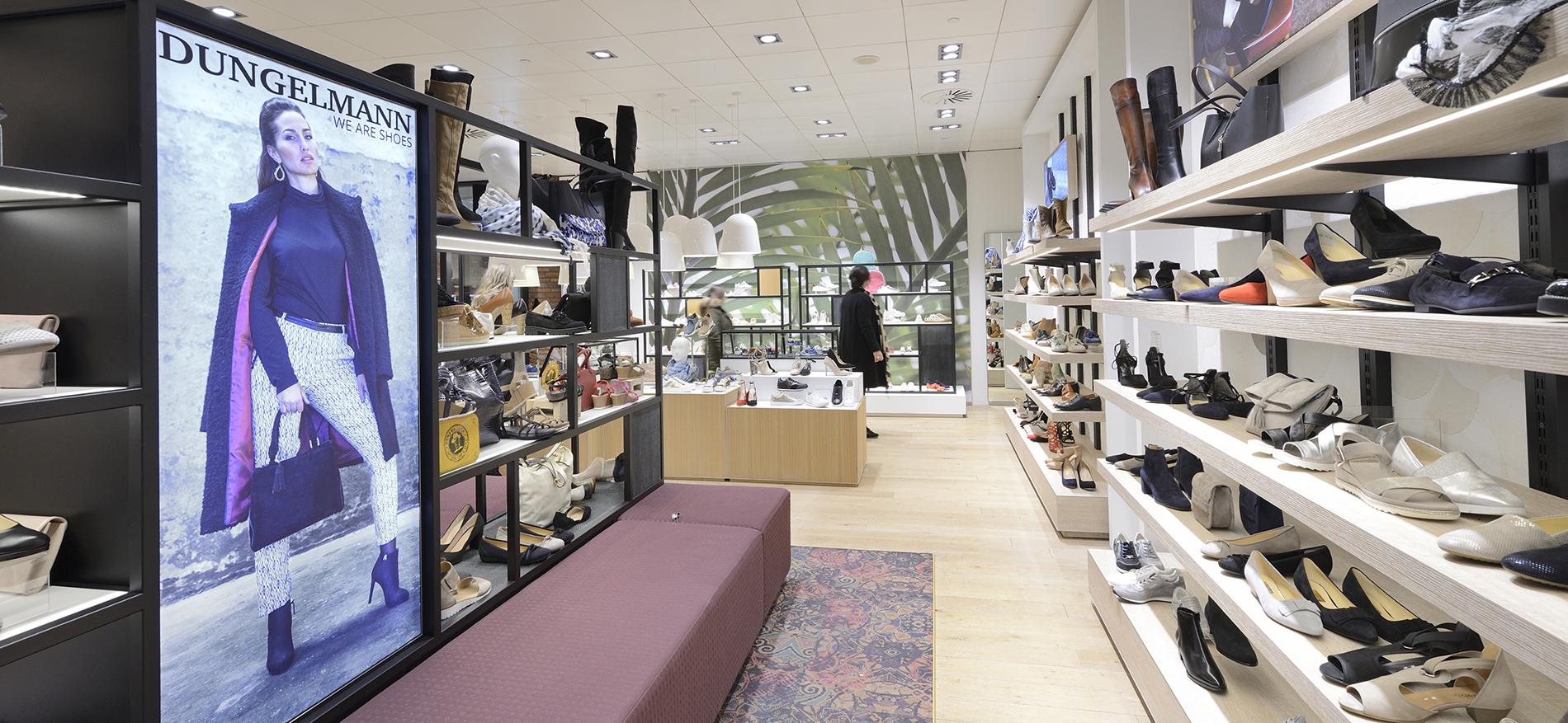 Shop in shop einrichtung dungelmann schoenen und berden mode for Shop einrichtung