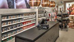 Lindessa Naaldwijk | Inrichting lingeriewinkel
